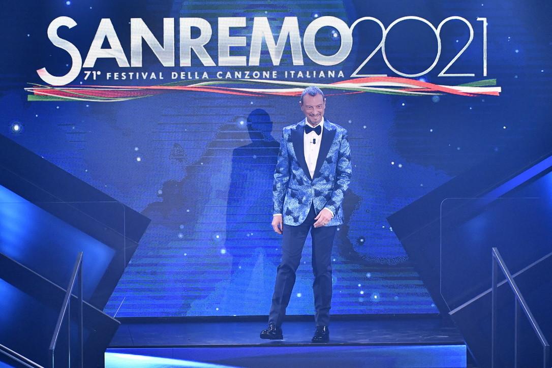 Sanremo2021,le emozioni della quarta serata tra Nuove Proposte e Campioni