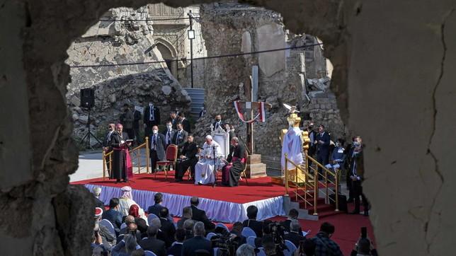 Papa Francesco in Iraq, a Mosul la preghiera per le vittime della guerra