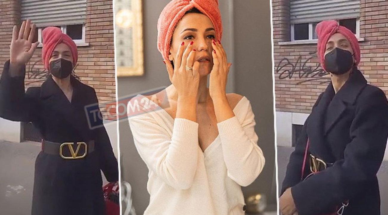 Caterina Balivo esce di casa con l'asciugamano in testa