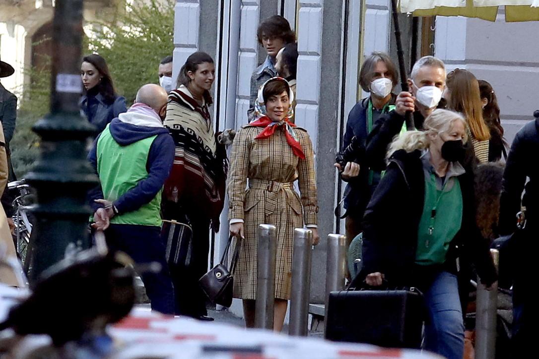 "Lady Gaga a Milano: set blindatissimo per ""House of Gucci"""