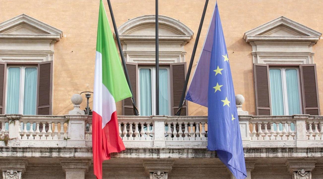 18 marzo, l'omaggio dell'Italia alle vittime del covid