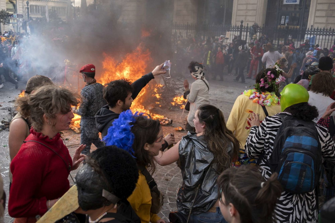 Il Carnevale della pianura a Marsiglia in barba al Covid