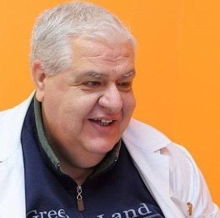 Taranto, después de más de 7 meses de hospitalización, se recupera de Covid: el médico renuncia a su pensión para permanecer en la sala
