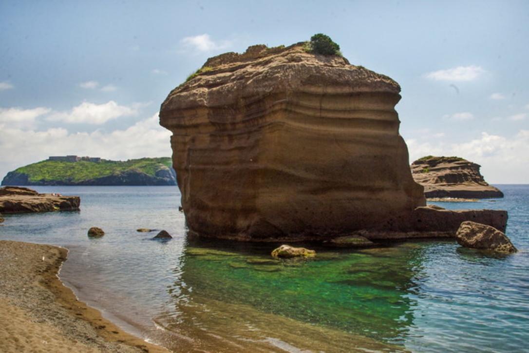 Ventotene, isola delle Sirene: fatti incantare