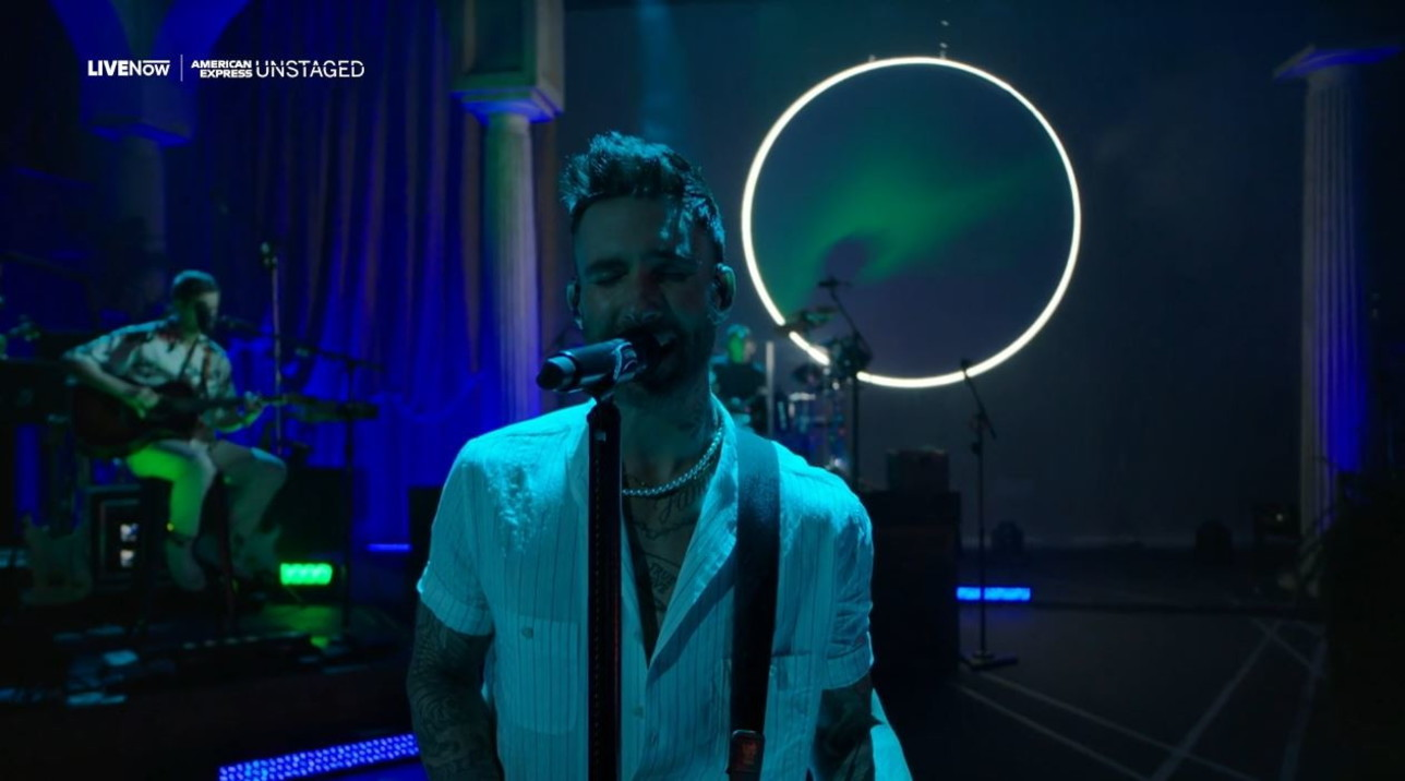 """I Maroon 5 tornano al """"live"""": successi e dialogo con i fan in streaming"""