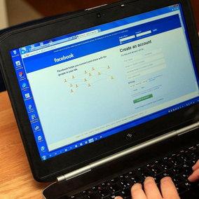 Facebook hackerato, online i dati di 35 milioni di italiani