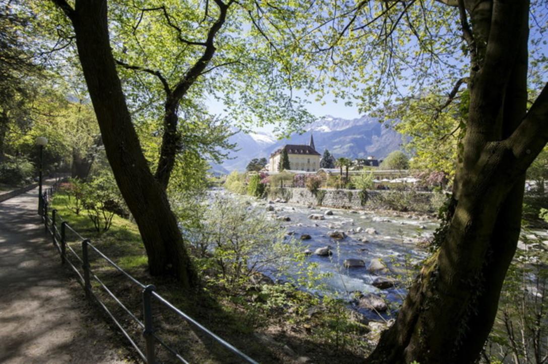 La primavera dipinge le splendide vallate dell'Alto Adige