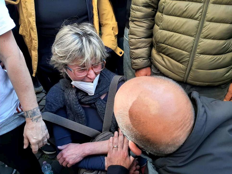 Roma, non solo violenze: la disperazione dei commercianti