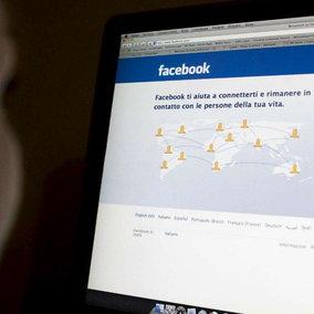"""Facebook hackerato, interviene il Garante per la Privacy: """"Subito verifiche sugli utenti italiani"""""""