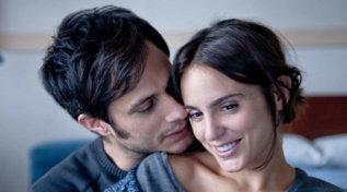 """""""Mi stai ammazzando Susana"""", le immagini dellacommedia romantica con Gael Garcia Bernal"""