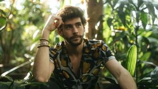 """Alvaro Soler torna con il brano """"Magia"""""""