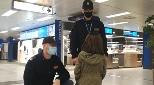 Milano, 11enne scappa e va in aeroporto a piedi: voleva raggiungere il suo Paese d'origine, il Venezuela