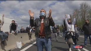 Nuova protesta dei ristoratori: A1 ancora bloccata