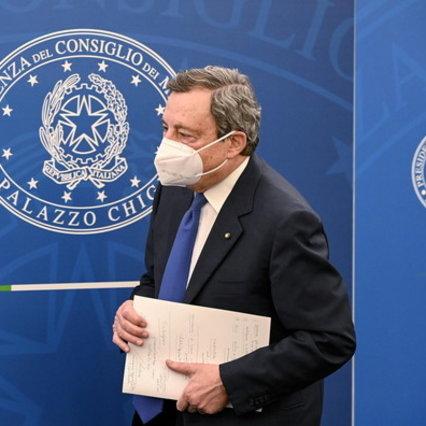 """Le regioni di Draghi: """"Rimanda il coprifuoco, amareggiato per la scuola"""""""