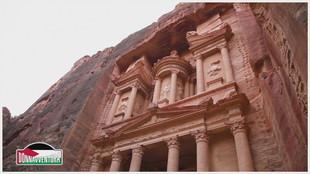 Petra , la città scavata nella roccia