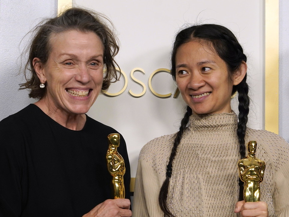 Oscar 2021: tutti i premiati, da Chloé Zhao a Frances McDormand