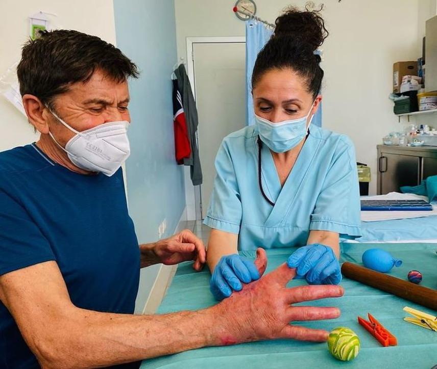 Gianni Morandi inizia la riabilitazione