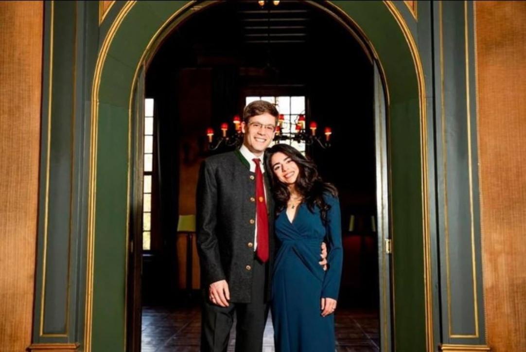 In Germania il royal wedding dell'anno: il principe Alexander sposa Hande Macit