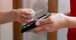 In Italy digital payments at the top: now comes an offer that thinks of merchants and SMEs