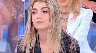 """""""Uomini e donne"""", Carolina avverte Giacomo: """"Non cambio per nessuno"""""""