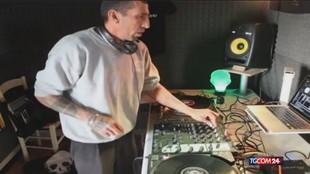 Francia, dj italiano ucciso a coltellate: la compagna è sotto custodia
