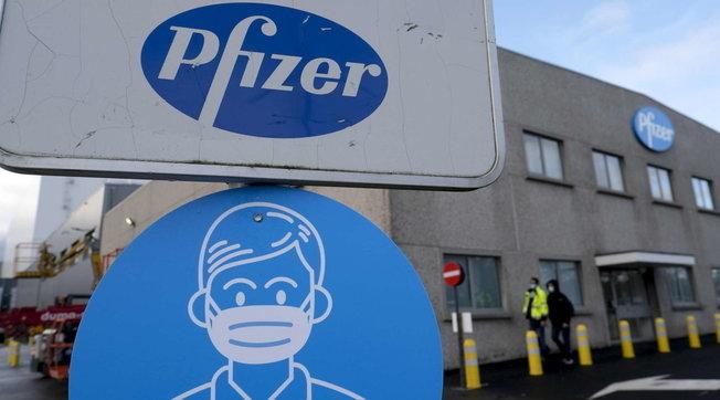 Pfizer, primo trimestre boom: ricavi a 14,58 miliardi dollari | Dalla vendita del vaccino stima 26 miliardi nel 2021