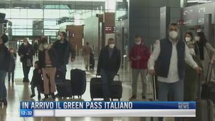 Breaking News delle 12.00 | In arrivo il green pass italiano