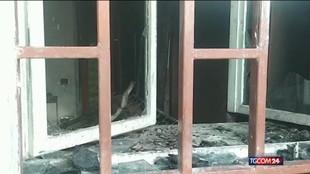 Napoli, picchiata e data alle fiamme una donna di 33 anni: fermato un uomo