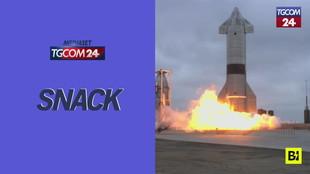 Space X, dopo quattro fallimenti il prototipo Starship non esplode e atterra regolarmente