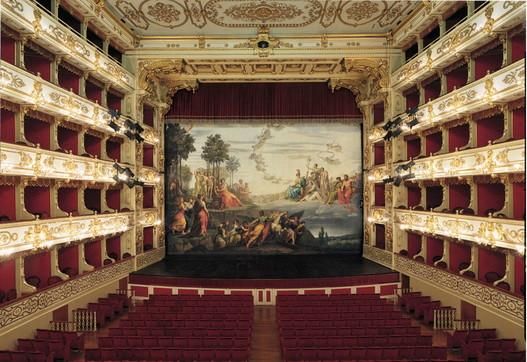 L'Emilia e la bellezza dei suoi teatri storici