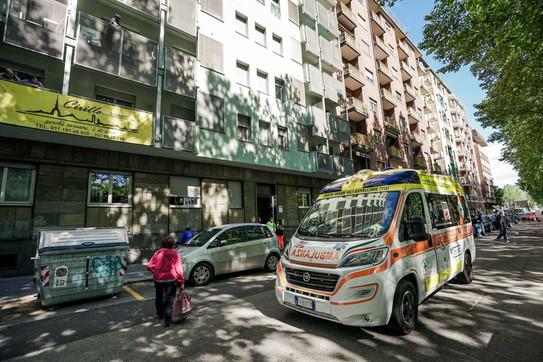 Torino, guardia giurata uccide a colpi di pistola l'ex moglie