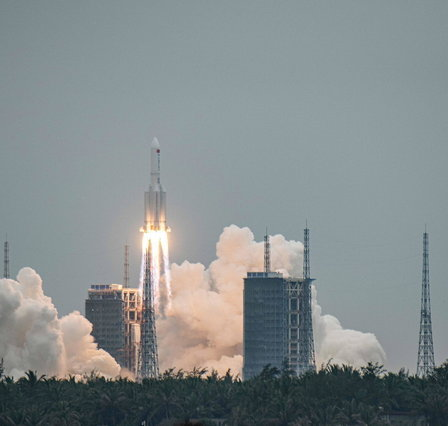 """Chinese rocket falling, Civil Defense: """"It will fall between 1 and 7, the remote hypothesis of Italy"""""""