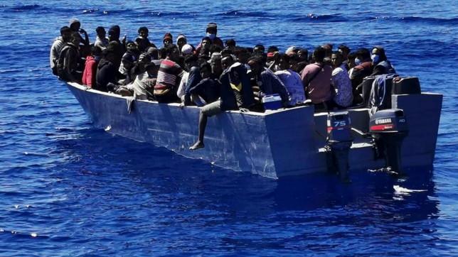 Migranti, serie di sbarchi a Lampedusa: oltre 1.400 arrivi