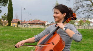 Padova, violoncellista sorda tornerà a sentire dopo tre anni