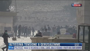 Breaking News delle 17.00 | Altissima tensione a Gerusalemme