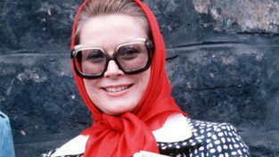 Moda: da Grace Kelly a Jackie Kennedy, come indossare il foulard