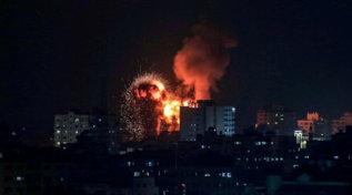 Notte di attacchi tra Gaza e Israele
