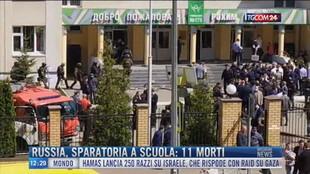 Breaking News delle 12.00 | Russia, sparatoria a scuola: 11 morti
