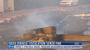 Breaking News delle 12.00 | Gaza-Israele: escalation senza fine