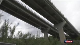 Liguria, viadotto A12 chiuso ai tir: è polemica
