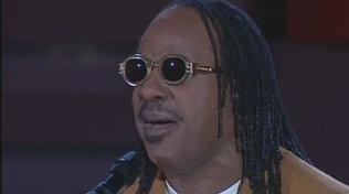 "Stevie Wonder compie 71 anni, rivediamolo al ""Festivalbar"""