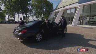 """Mario Draghi fa il """"premier volontario"""" e rinuncia allo stipendio"""