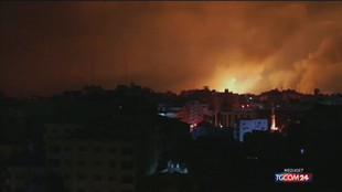 Gaza, ancora raid aerei nella notte