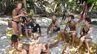 """""""Isola dei Famosi"""", gli ex arrivisti si sentono esclusi dai primitivi"""