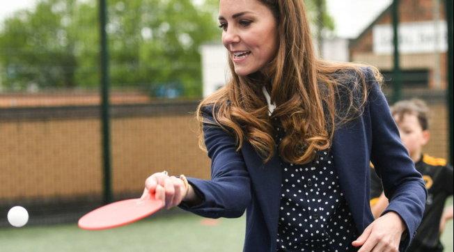 Kate Middleton è una bravissima giocatrice di ping pong