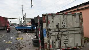 Cina, doppio devastante tornado investe Wuhan