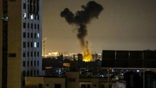 Medioriente, notte di fuoco a Gaza City