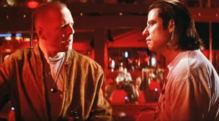 "John Travolta e Bruce Willis, guardali insieme in ""Pulp Fiction"""