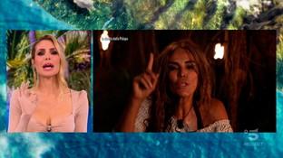 "Fariba Tehranipunita da ""L'Isola dei Famosi"", ha svelato l'esitenza di  ""Playa Imboscadissima"""