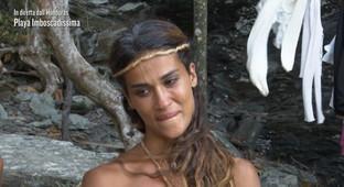 """Francesca Lodo eliminata da """"L'Isola dei Famosi"""", Roberto Ciufoli prende il suo posto a  """"Playa Imboscadissima"""""""